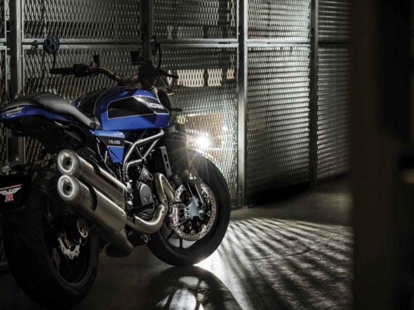 Milano bicylindre 1200 bleue